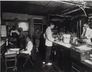 Bureau of Chemistry testing laboratory, c1910